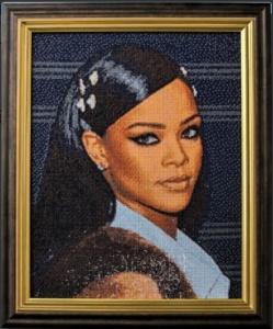 Portrait de Rihanna en broderie Diamant